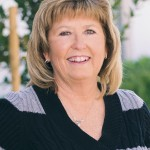 Nevada State Bank has promoted Julie Wagner to senior vice president.