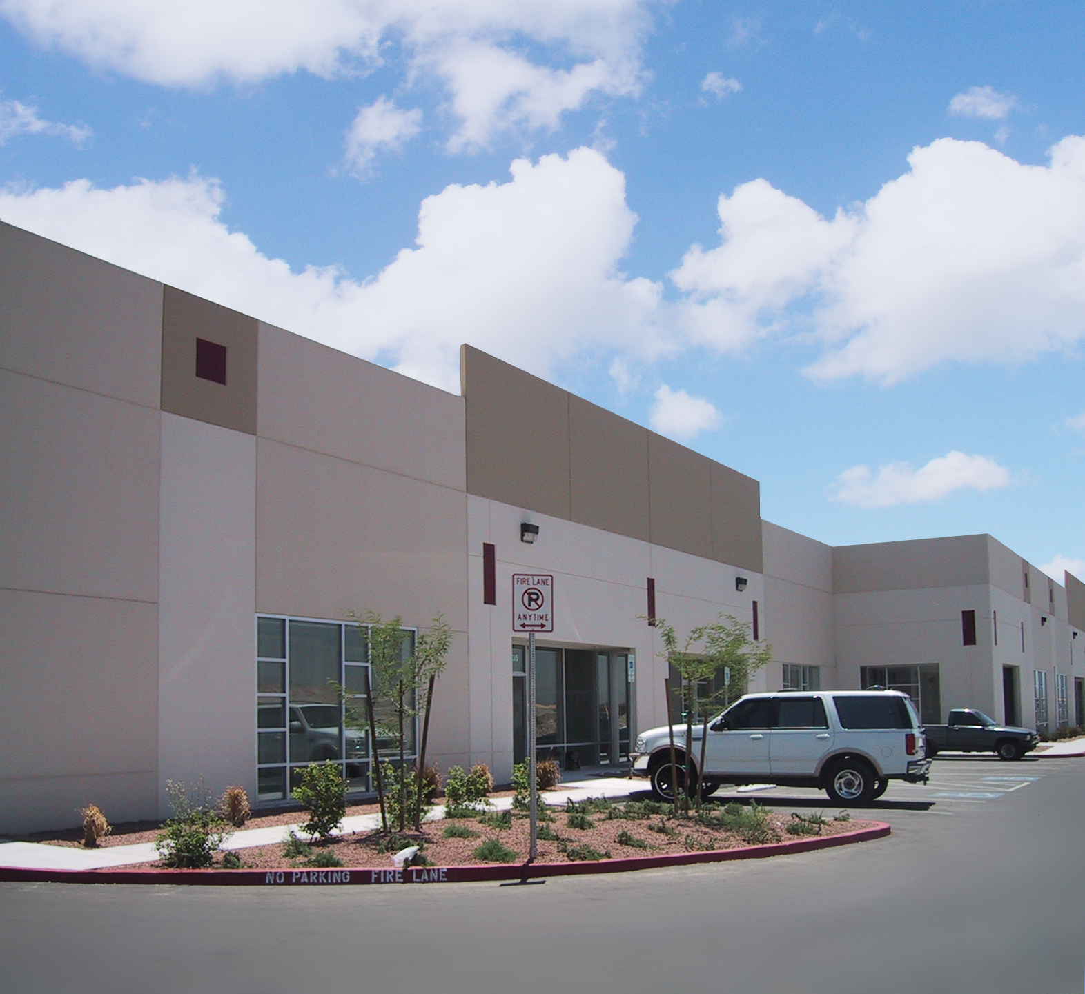 Industrial Property: Colliers Finalizes Lease Of 2553 E. Washburn
