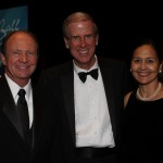 More than 600 Attend Volunteers in Medicine 6th Annual Ball on Nov. 8
