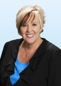 Mike Mixer, executive managing director of Colliers International – Las Vegas, announced that the company has hired Elaine Elliott as a senior associate.