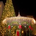 Tree Lighting Ceremony on Nov. 21 kicks off holiday season of activities at Lake Las Vegas: Schedule for Santa Cruise, Santa Visits, Christmas Express train rides, carolers and more for November & December