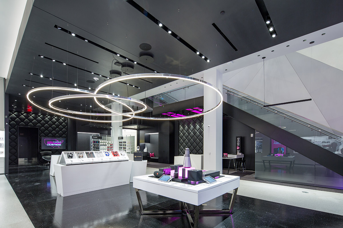 Dc Building Group Completes T Mobile Signature Store On The Las
