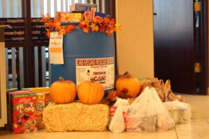 LV Rescue Mission food drive_McCarran Center